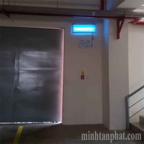 đèn diệt côn trùng pluszap cho nhà máy