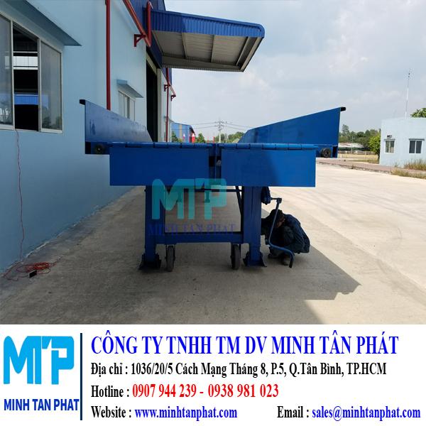 Cầu Lên Container Cho Nhà Máy NAKAUMI, Đồng Nai.