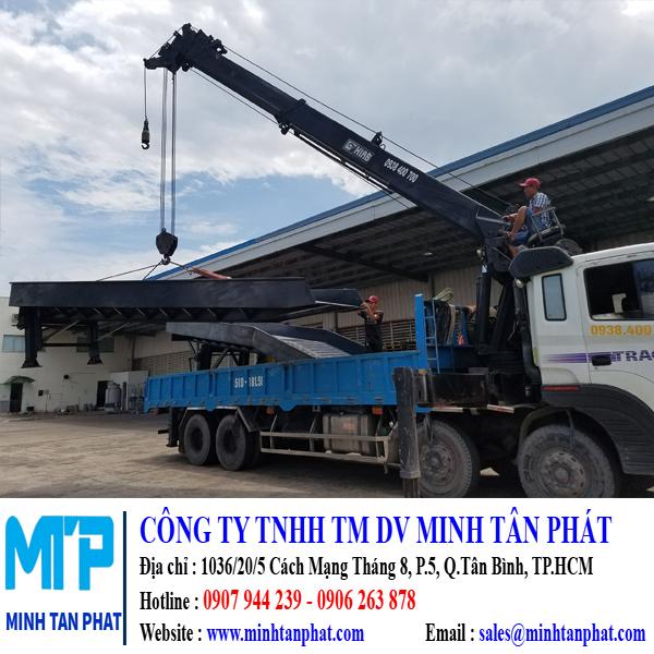 Minh Tân Phát chuyên sản xuất cầu lên container, sàn nâng tự động