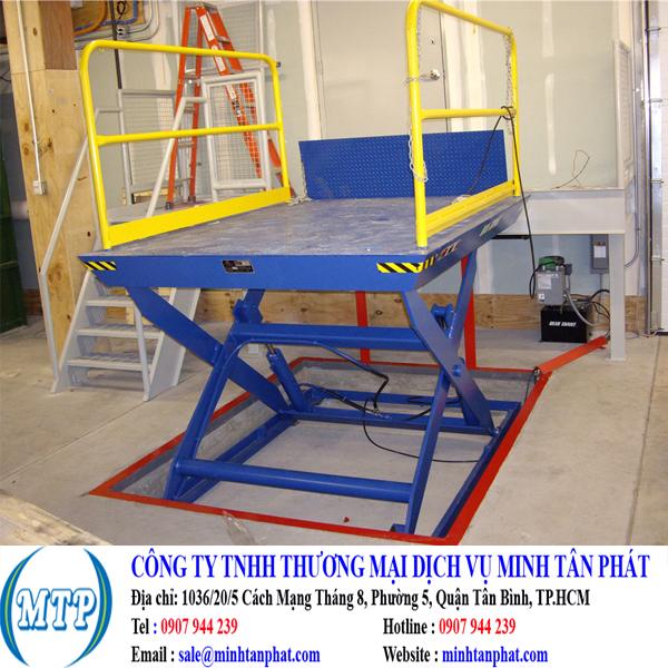 Cung cấp bàn nâng tự động, bàn nâng thủy lực cho nhà máy sản xuất