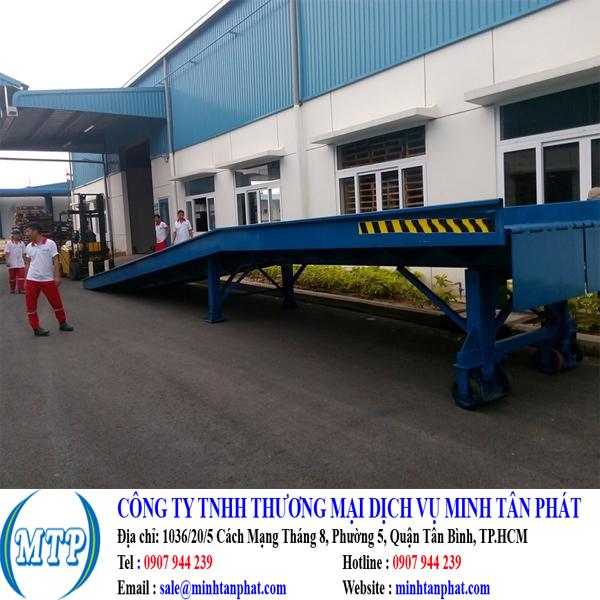 Cầu dẫn lên container, cầu xe nâng, cầu dẫn xe nâng lên container