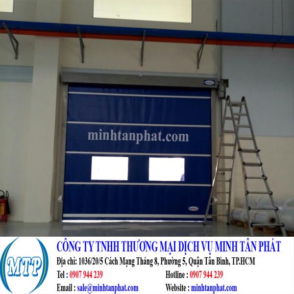 Lắp đặt cửa đóng mở nhanh, cửa cuốn tốc độ cao cho nhà xưởng