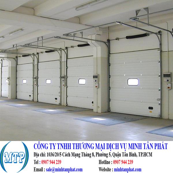 Cửa cuốn cách nhiệt, cửa cuốn panel cho nhà xưởng, khu vực sản xuất