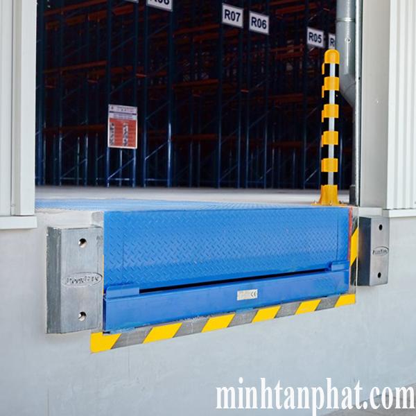 lắp đặt sàn nâng túi khí cho nhà xưởng