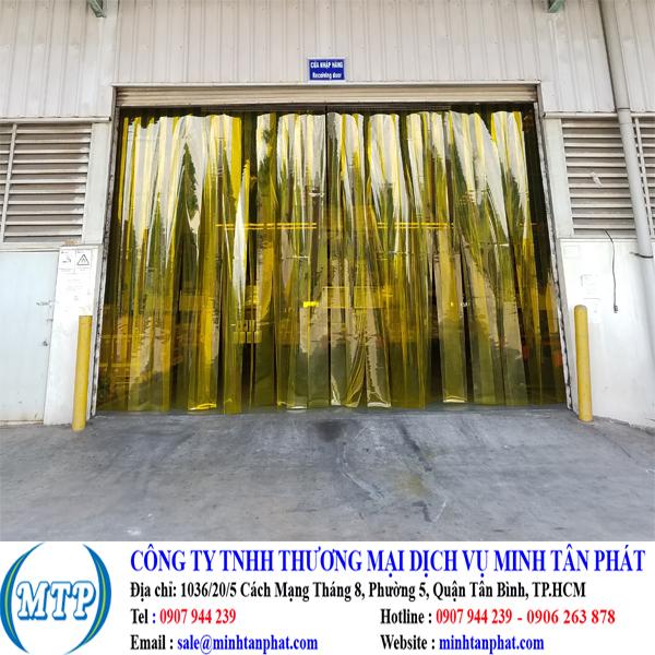 Cung cấp cửa lùa màn nhựa pvc ngăn côn trùng kéo tay cho nhà máy