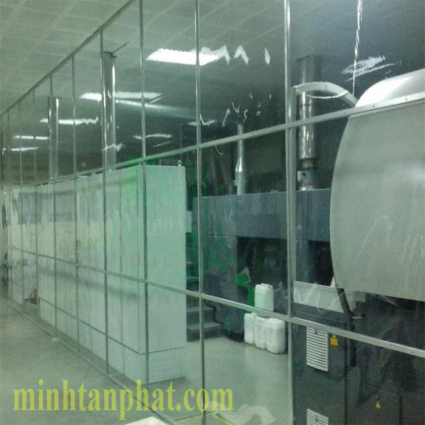 vách màn nhựa pvc ngăn khu vực sản xuất