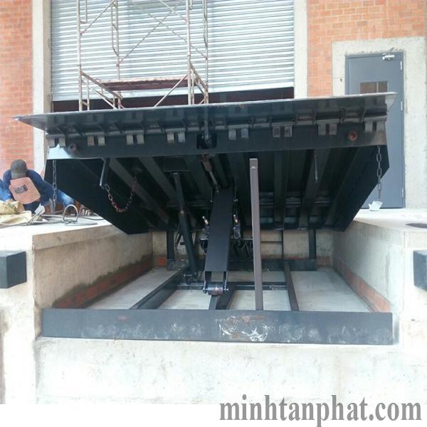 lắp đặt sàn nâng cơ khí -  mechanical dock leverler